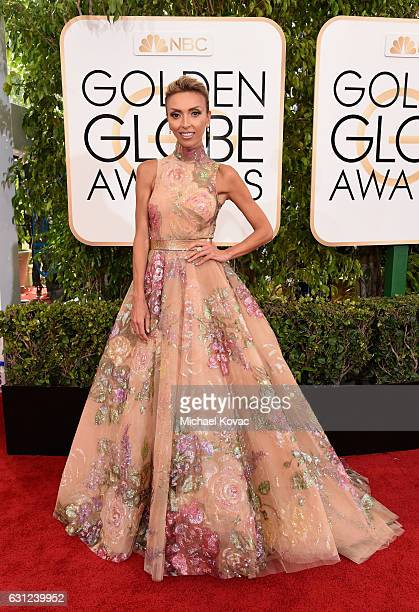 Personality Giuliana Rancic attends the 74th Annual Golden Globe Awards at The Beverly Hilton Hotel on January 8 2017 in Beverly Hills California