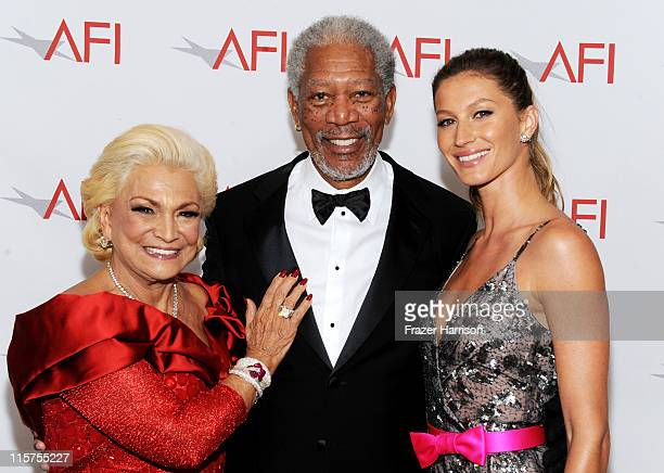 TV Personality Hebe Camargo 39th Life Achievement Award recipient Morgan Freeman and model Gisele Bundchen pose at the 39th AFI Life Achievement...