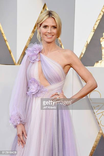 Personality Heidi Klum attends the 88th Annual Academy Awards at Hollywood & Highland Center on February 28, 2016 in Hollywood, California.