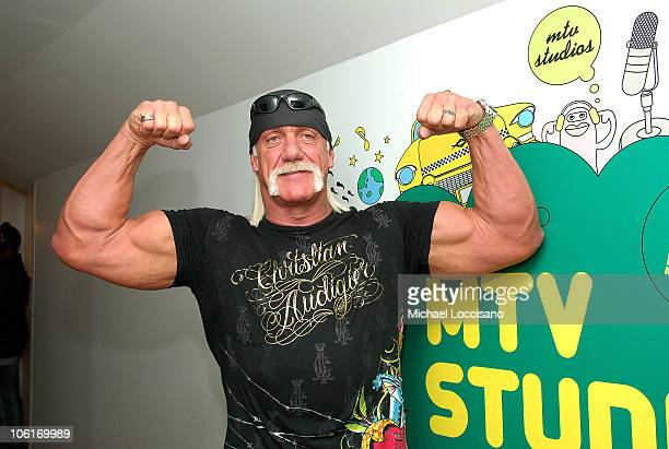 """Personality Hulk Hogan during MTV's """"TRL"""" at MTV Studios in Times Square on January 7, 2008 in New York City."""