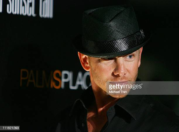 Personality Ian Ziering arrives at the grand opening of the Palms Place Hotel & Spa held on May 31, 2008 in Las Vegas, Nevada.
