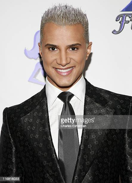 "Personality Jay Manuel arrives at the 1st Annual Fiercee Awards honoring the women of ""America's Next Top Model"" on ""The Tyra Banks Show"" at Chelsea..."