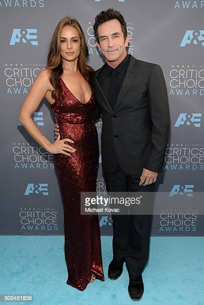 TV personality Jeff Probst and Lisa Ann Russell attend the 21st Annual Critics' Choice Awards at Barker Hangar on January 17 2016 in Santa Monica...