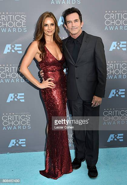 Personality Jeff Probst and Lisa Ann Russell attend the 21st Annual Critics' Choice Awards at Barker Hangar on January 17, 2016 in Santa Monica,...