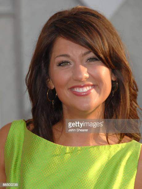 "Personality Jillian Harris arrives at the Los Angeles premiere of ""The Proposal"" at the El Capitan Theatre on June 1, 2009 in Hollywood, California."