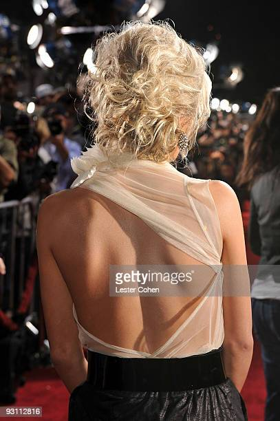 """Personality Julianne Hough arrives at the premiere of Summit Entertainment's """"The Twilight Saga: New Moon"""" on November 16, 2009 in Westwood,..."""