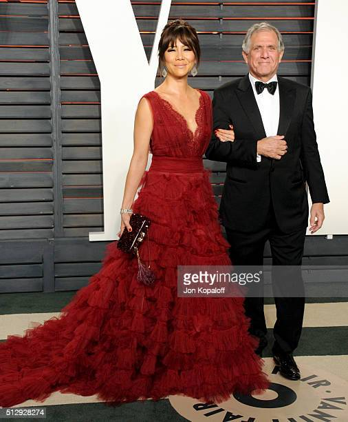 Personality Julie Chen and CEO of CBS Leslie Moonves attend the 2016 Vanity Fair Oscar Party hosted By Graydon Carter at Wallis Annenberg Center for...