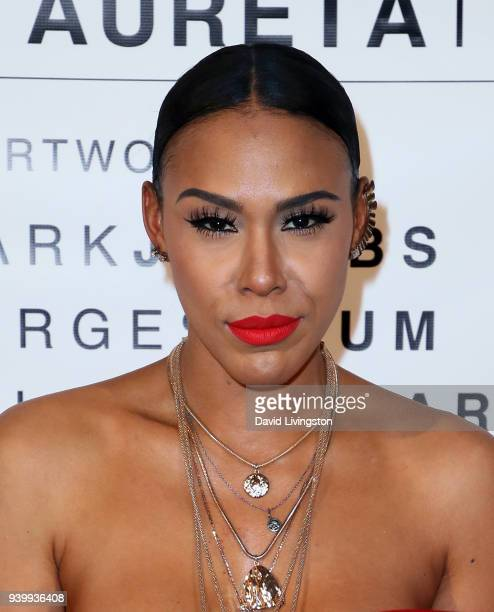 TV personality Kamani Alana attends Art with a Cause hosted by Shaun Ross Aureta benefiting the Freedom United Foundation for the victims of human...