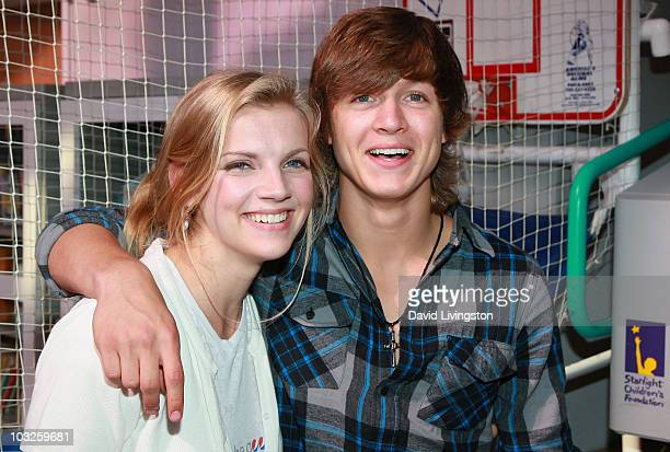 TV personality Kara Killmer and American Idol contestant Alex Lambert pose prior to Lambert's performance at Childrens Hospital Los Angeles on August...