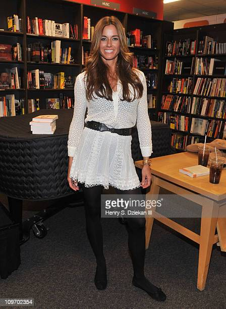 TV personality Kelly Killoren Bensimon promotes 'Secrets Of A Jewish Mother' at Borders Columbus Circle on March 1 2011 in New York City