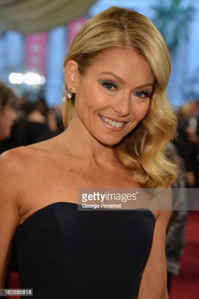 TV personality Kelly Ripa arrives at the Oscars at Hollywood Highland Center on February 24 2013 in Hollywood California