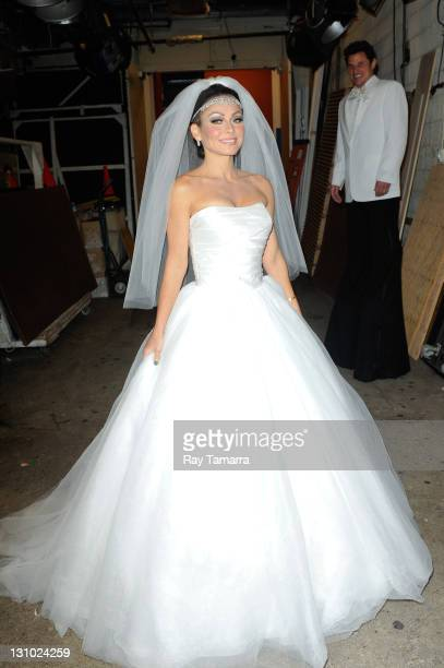 128 Kim Kardashian Wedding Dress Photos And Premium High Res Pictures Getty Images