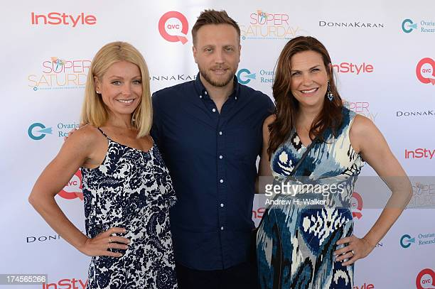 TV Personality Kelly Ripa editor in chief at InStyle Ariel Foxman and publisher at InStyle Karin Tracy attend the Ovarian Cancer Research Fund's 16th...