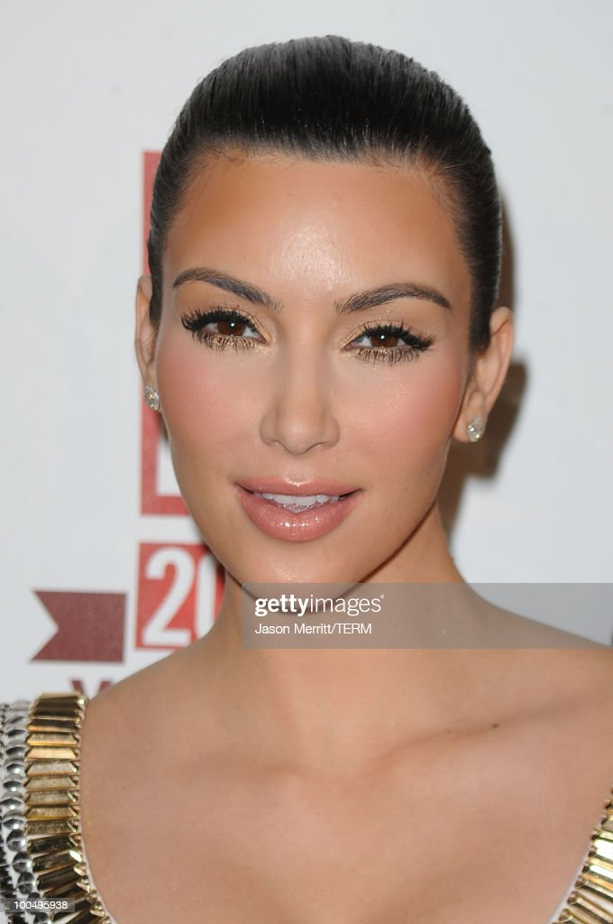 TV personality Kim Kardashian arrives at the E! 20th anniversary party celebrating two decades of pop culture held at The London Hotel on May 24, 2010 in West Hollywood, California.