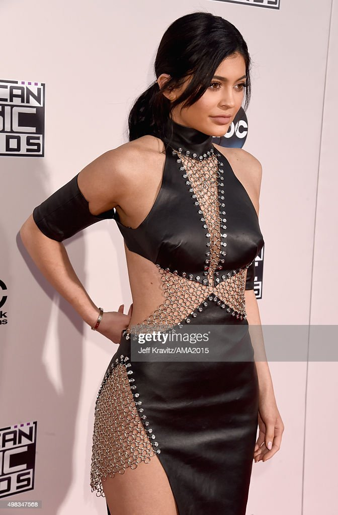 2015 American Music Awards - Red Carpet : News Photo