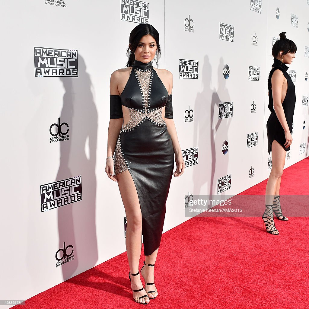 TV personality Kylie Jenner attends the 2015 American Music Awards at Microsoft Theater on November 22, 2015 in Los Angeles, California.