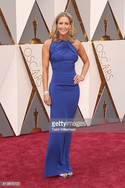 TV personality Lara Spencer attends the 88th Annual Academy Awards at Hollywood Highland Center on February 28 2016 in Hollywood California