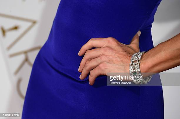TV personality Lara Spencer fashion detail attends the 88th Annual Academy Awards at Hollywood Highland Center on February 28 2016 in Hollywood...