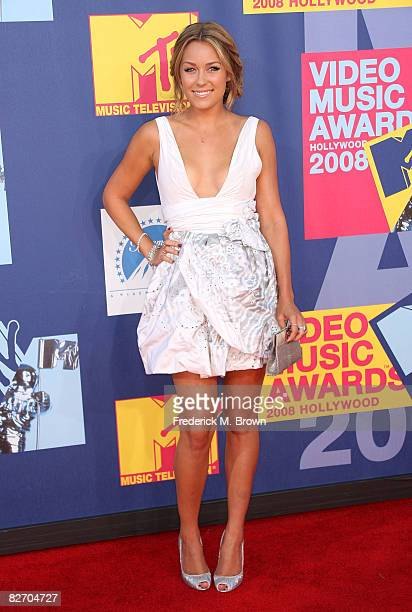 TV personality Lauren Conrad arrives at the 2008 MTV Video Music Awards at Paramount Pictures Studios on September 7 2008 in Los Angeles California