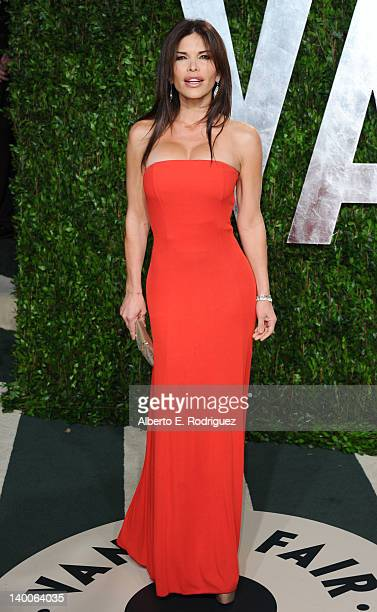 TV personality Lauren Sanchez arrives at the 2012 Vanity Fair Oscar Party hosted by Graydon Carter at Sunset Tower on February 26 2012 in West...