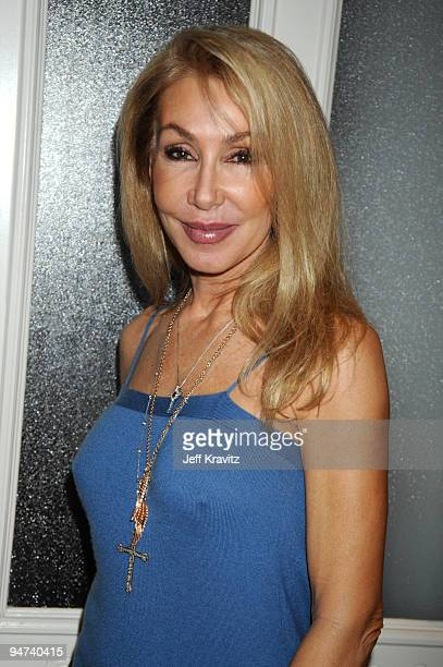 TV personality Linda Thompson attend the Wikked Entertainment holiday party on December 17 2009 in Los Angeles California