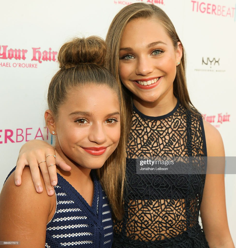 TV personality Mackenzie Ziegler (L) and Maddie Ziegler attends TigerBeat's Official Teen Choice Awards Pre-Party Sponsored by NYX Professional Makeup and Rock Your Hair at HYDE Sunset: Kitchen + Cocktails on July 28, 2016 in West Hollywood, California.