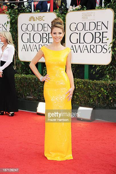 TV personality Maria Menounos arrives at the 69th Annual Golden Globe Awards held at the Beverly Hilton Hotel on January 15 2012 in Beverly Hills...