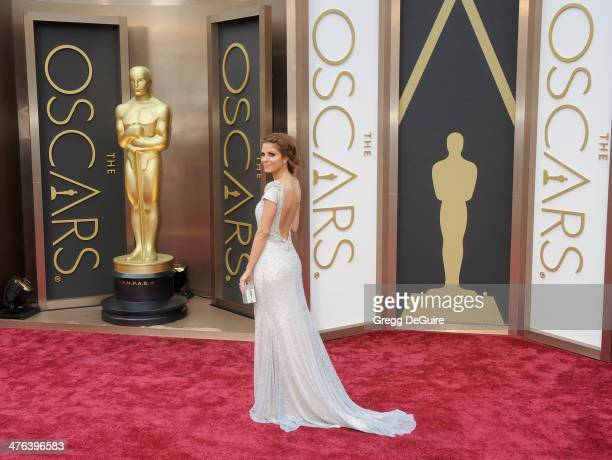 TV personality Maria Menounos arrives at the 86th Annual Academy Awards at Hollywood Highland Center on March 2 2014 in Hollywood California