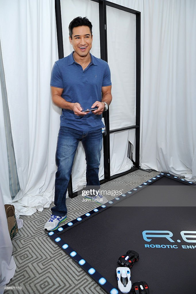 TV personality Mario Lopez attends EXTRA's 'WEEKEND OF | LOUNGE' produced by On 3 Productions at The London West Hollywood on September 18, 2015 in West Hollywood, California.
