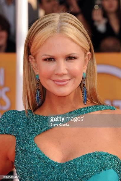 Personality Nancy O'Dell arrives at the 19th Annual Screen Actors Guild Awards held at The Shrine Auditorium on January 27, 2013 in Los Angeles,...