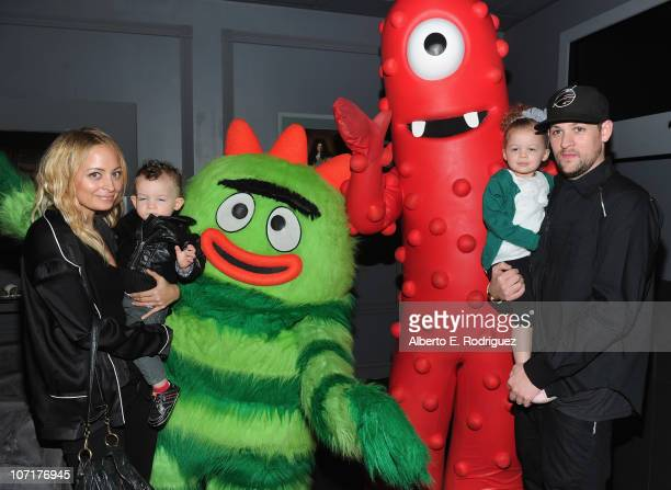 Personality Nicole Richie, son Sparrow Madden, musician Joel Madden and daughter Harlow Madden attend Yo Gabba Gabba! Live! There's A Party In My...
