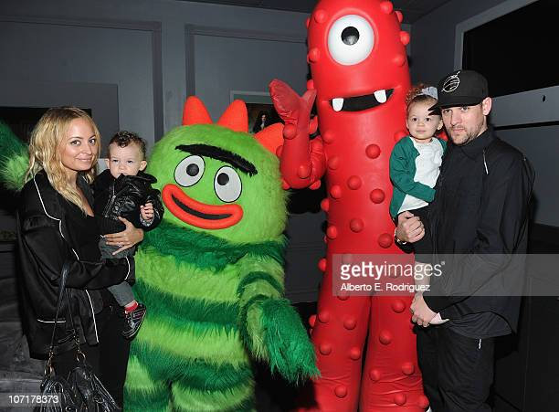 Personality Nicole Richie, Sparrow Madden, Harlow Madden and musician Joel Madden attend Yo Gabba Gabba! Live! There's A Party In My City at Nokia...
