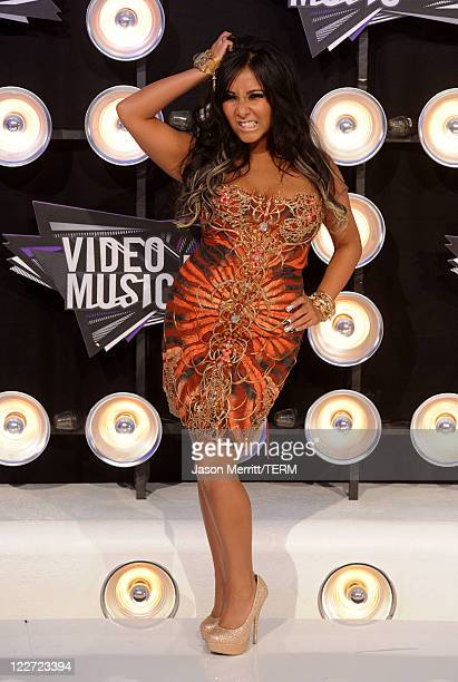 TV personality Nicole Snooki Polizzi arrives at the 2011 MTV Video Music Awards at Nokia Theatre LA LIVE on August 28 2011 in Los Angeles California