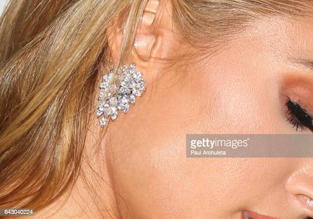 Personality Paris Hilton Jewelry Detail attends the 3rd annual Hollywood Beauty Awards at Avalon Hollywood on February 19 2017 in Los Angeles...