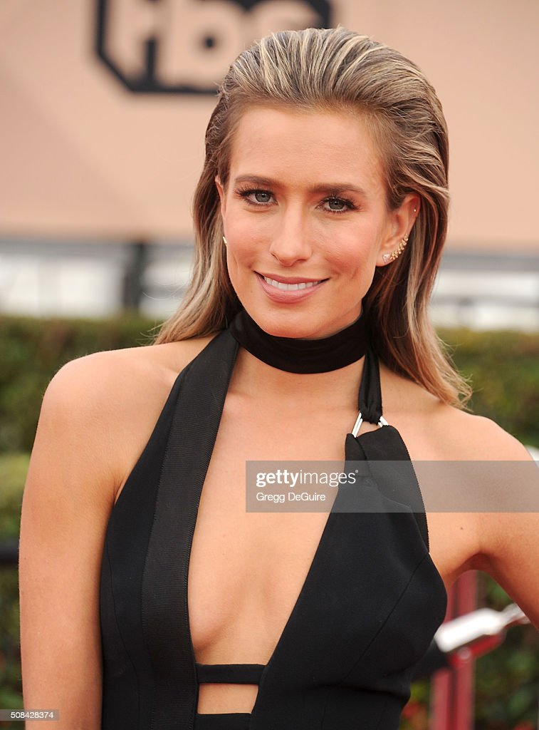TV personality Renee Bargh arrives at the 22nd Annual Screen Actors Guild Awards at The Shrine Auditorium on January 30, 2016 in Los Angeles, California.