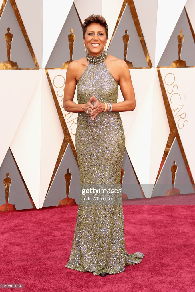 TV personality Robin Roberts attends the 88th Annual Academy Awards at Hollywood & Highland Center on February 28, 2016 in Hollywood, California.
