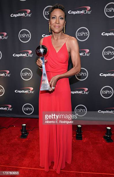 TV personality Robin Roberts recipient of the Arthur Ashe Courage Award poses backstage at The 2013 ESPY Awards at Nokia Theatre LA Live on July 17...