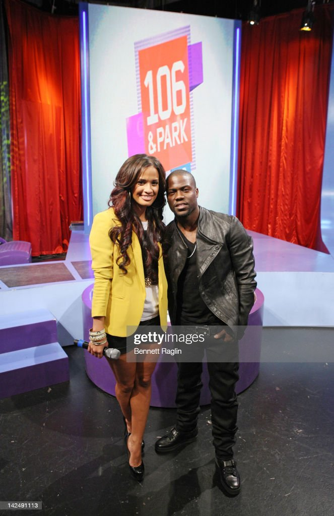 ¿Cuánto mide Rocsi Díaz? - Real height Personality-rocsi-and-comedian-kevin-hart-visit-bets-106-park-at-bet-picture-id142491113