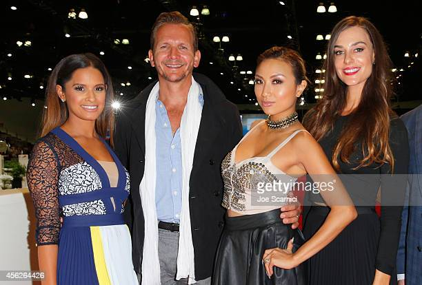 TV personality Rocsi Diaz actor Sebastian Roche TV personality Jeannie Mai and Ariana Rockefeller attend the Longines Los Angeles Masters at Los...