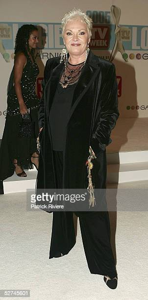 TV personality Rowena Wallace arrives at the 47th Annual TV Week Logie Awards at the Crown Entertainment Complex May 1 2005 in Melbourne Australia