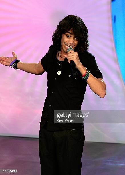 TV personality Sanjaya Malakar performs onstage during the 2007 Fox Reality Channel Really Awards held at Boulevard 3 on October 2 2007 in Hollywood...