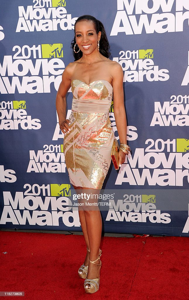 TV personality Shaun Robinson arrives at the 2011 MTV Movie Awards at Universal Studios' Gibson Amphitheatre on June 5, 2011 in Universal City, California.