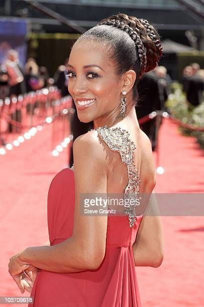 Personality Shaun Robinson arrives at the 62nd Annual Primetime Emmy Awards held at the Nokia Theatre LA Live on August 29 2010 in Los Angeles...