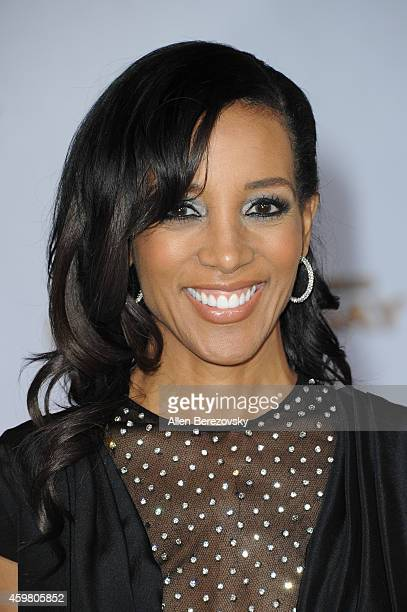 """Personality Shaun Robinson arrives at the Los Angeles premiere of """"The Hunger Games: Mockingjay - Part 1"""" at Nokia Theatre L.A. Live on November 17,..."""