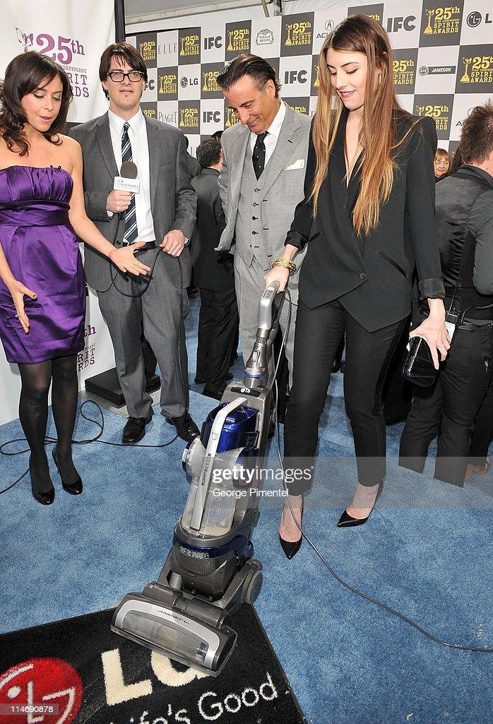 Stars Take on Charitable Chore with LG Electronics Kompressor Vacuum on The 25th Spirit Awards Blue Carpet : News Photo