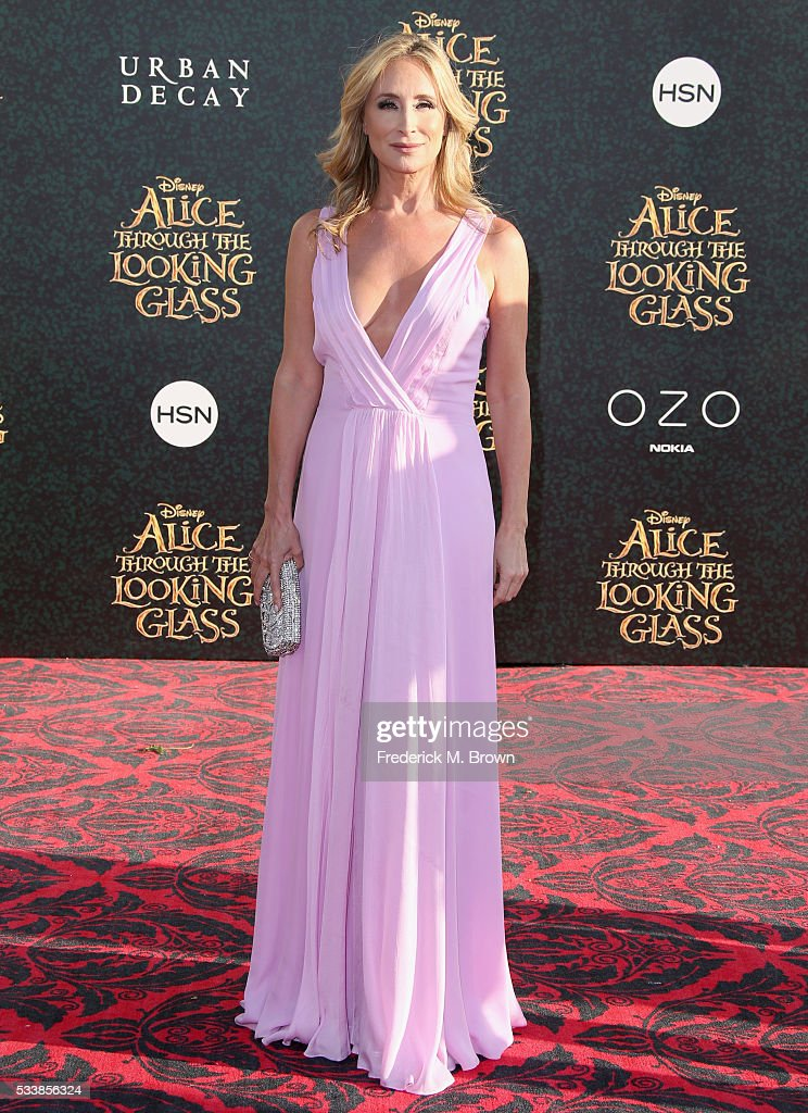 TV personality Sonja Morgan attends the premiere of Disney's 'Alice Through The Looking Glass at the El Capitan Theatre on May 23, 2016 in Hollywood, California.