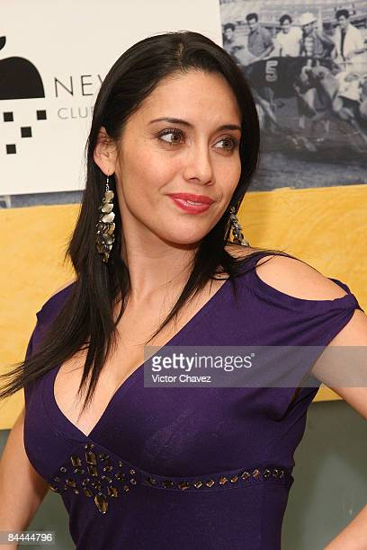 TV personality Sugey Abrego attends the opening of the New York Club on January 23 2009 in Mexico City Mexico