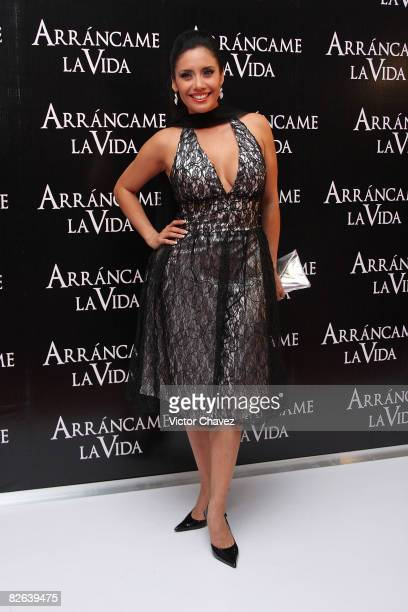 TV personality Sugey Abrego attends the premiere of Arrancame La Vida at the Teatro Metropolitan on September 2 2008 in Mexico City