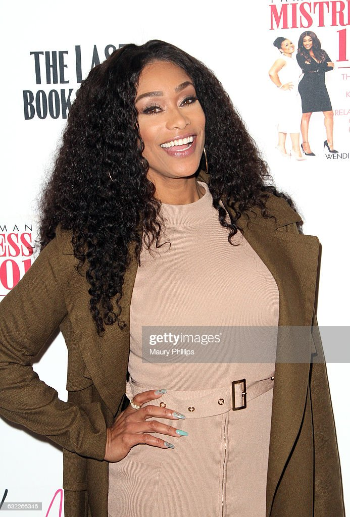 "Tami Roman Book Signing For ""Mistress 101"""