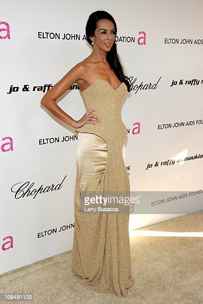 TV personality Terri Seymour arrives at the 19th Annual Elton John AIDS Foundation Academy Awards Viewing Party at the Pacific Design Center on...